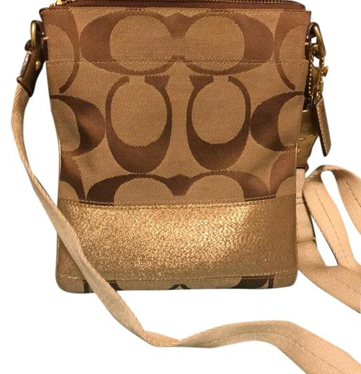 Preload https://img-static.tradesy.com/item/18201283/coach-beigebrowngold-clothleather-cross-body-bag-0-1-540-540.jpg