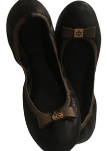 Tory Burch Black with Tan accent Flats
