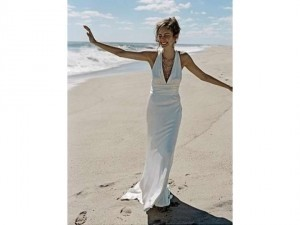 Nicole Miller Ivory Silk Trumpet Fit and Flare Formal Wedding Dress Size 0 (XS)