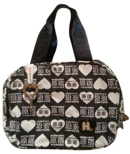 Harajuku Lovers Toiletry Cosmetics Satchel Lunch Gwen Stefani Black and white Travel Bag
