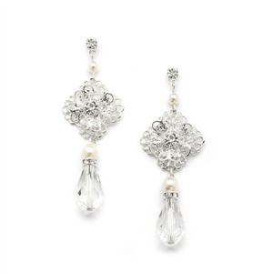 Mariell Filigree Bridal Teardrop Earrings With Pearl And Crystal Dangles 4397e-lti-cr-s