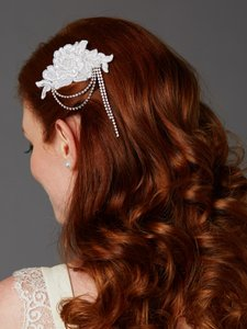 Mariell White English Rose Lace Comb With Crystal Draped Swags 4478hc-w