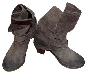 Frye Leather Buckles Tan/Brown Boots