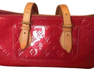 Louis Vuitton Satchel in Red/Shade