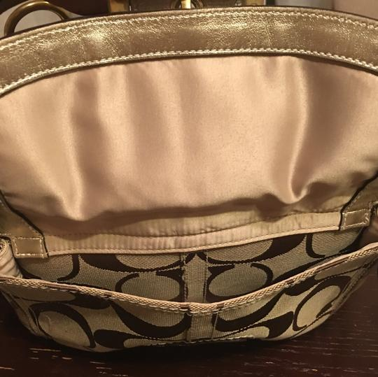 Coach Tote in Brown Image 6