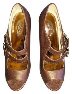 Michael Kors Leather Coffee brown Pumps