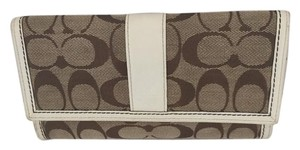 Coach TRIFOLD SIGNATURE CHECKBOOK WALLET