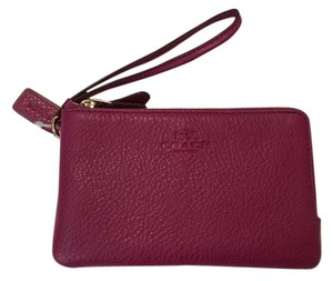Coach New Fits Iphone Wristlet in Purple