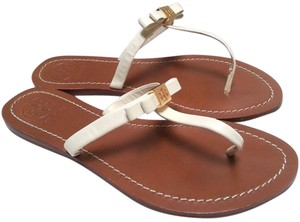 Tory Burch Patent Leather Upper Metal T Logo Thong T-strap High-gloss Leather White Sandals