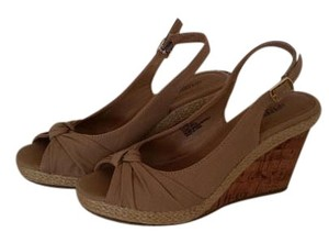 Seychelles Taupe Sandals