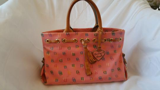 Dooney & Bourke Leather Monogram Serial #b2113329 Gently Used Pink Clutch