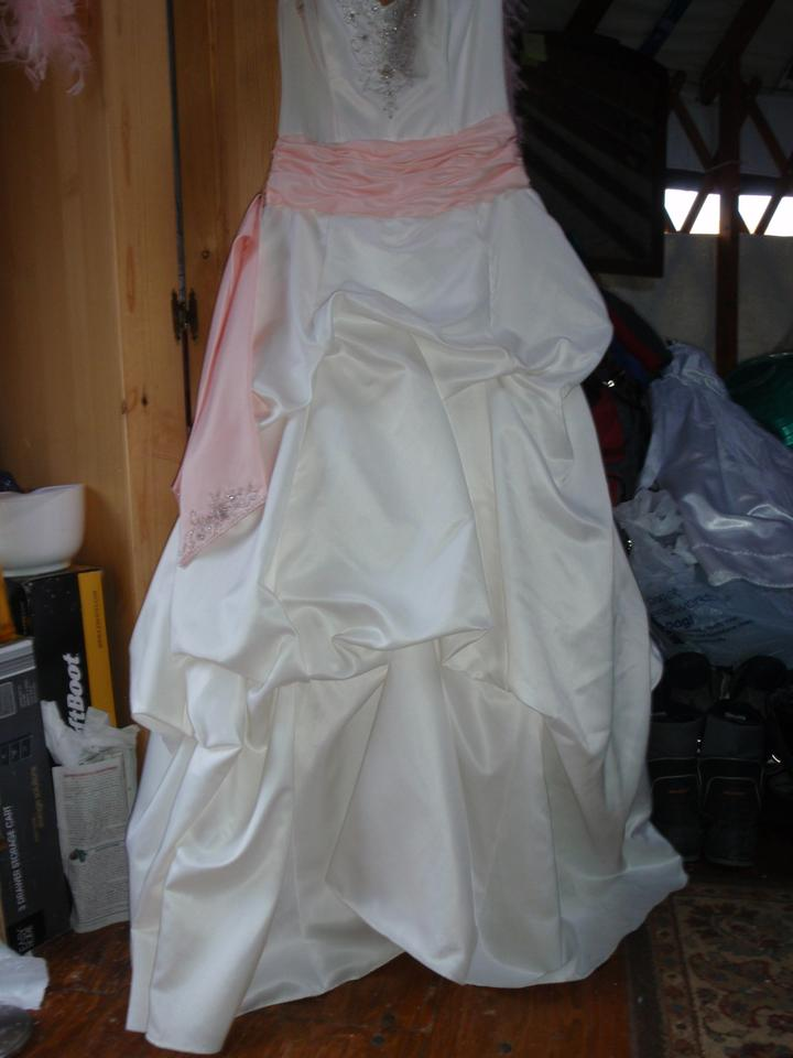 Jodi Kristopher White with Pink Ribbon Satinen Strapless Beaded and ...