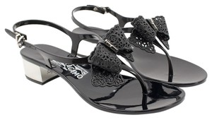 Salvatore Ferragamo 0574491 Nero Sandals