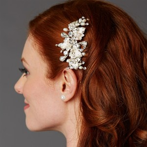 Mariell Couture Bridal Hair Comb With Hand Painted Silver Leaves Freshwater Pearls And Crystals 4439hc-i-s