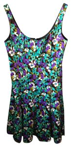 Jones Wear short dress floral on Tradesy