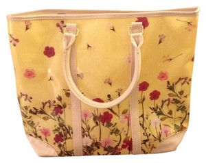 Other Tote in Yellow
