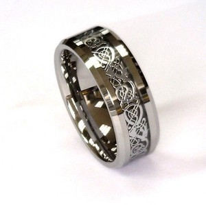 Amz 8mm Silver Celtic Dragon On Black Carbon Fiber Tungsten Carbide Band