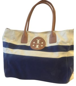 Tory Burch Tote in White And Blue