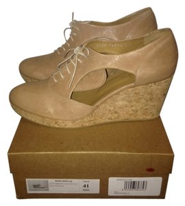 Coclico Oxford Leather Wedge Taupe Wedges
