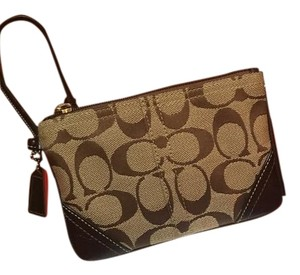 Coach Wristlet in Brown/chestnut/khaki