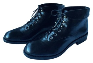 Marc by Marc Jacobs Leather Preppy Black Boots