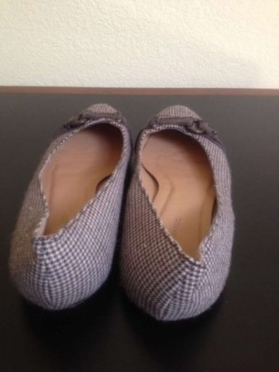 Banana Republic Neutral Houndstooth Flats
