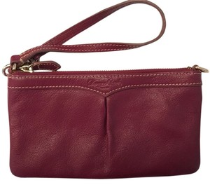 Dooney & Bourke Wristlet in Res