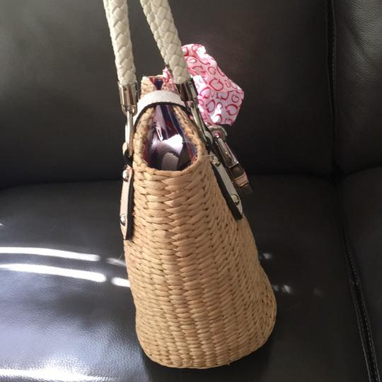 Guess Tote in Natural Image 2