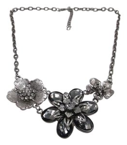 Other Flower Necklace w Free Shipping