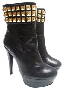 "MICHAEL Michael Kors High Ankle 1.5"" Platform Gold Pyramid Studs Leather Side Zip Black Boots"