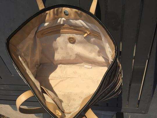 Tory Burch Leather Logo Tote in Mid Camel Multi Image 5