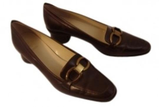 Preload https://item5.tradesy.com/images/joan-and-david-brown-excellent-condition-circa-365-comfort-classic-loafer-pumps-size-us-85-regular-m-18239-0-0.jpg?width=440&height=440
