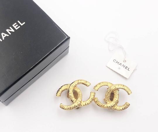 Chanel Chanel Vintage Gold Plated CC Scratchy Clip on Earrings Image 1