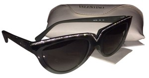Valentino Brand New Valentino Cat-eye Rare Sunglasses