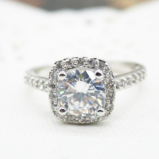 9.2.5 Proposal Band Cushion Square Small 1.4ct Eternity Single Solitaire 925 Silver Halo All Engagement Ring Image 2