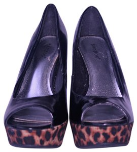 Bamboo Sexy Animal Print Faux Patent Stiletto Black and Leopard Pumps