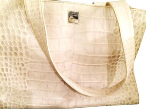 Dooney & Bourke Tote in Bone/ Cream