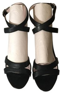Abaete & Straps Black with White heels Sandals