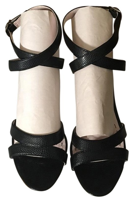 Item - Black with White Heels Sandals Size US 7.5