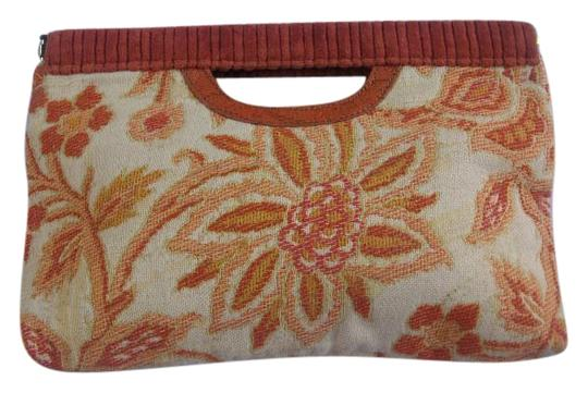 Preload https://img-static.tradesy.com/item/18249844/vintage-floral-tapestry-rust-and-tan-cloth-clutch-0-1-540-540.jpg