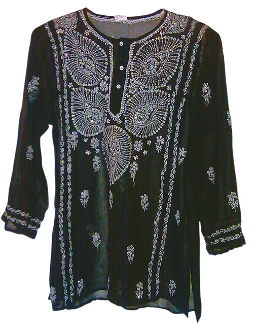 Preload https://img-static.tradesy.com/item/1825592/black-shear-beaded-long-made-in-india-embroidered-long-sleeve-sweaterpullover-size-8-m-0-0-650-650.jpg