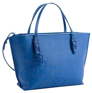 Calvin Klein Tote in blue wave