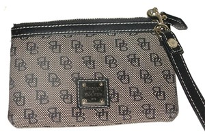 Dooney & Bourke Zippered Wallet Logo Twill Leather & Change Wristlet in Black