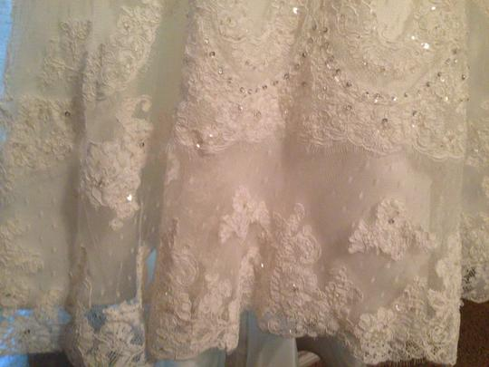 Casablanca White Beaded Lace On Point D'esprit Over Silky Satin 1914 Feminine Wedding Dress Size 4 (S)