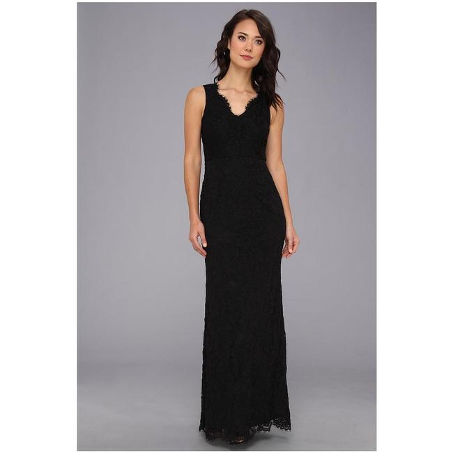 Item - Black Lace Overlay Sleeveless V-neck Gown Formal Bridesmaid/Mob Dress Size 6 (S)