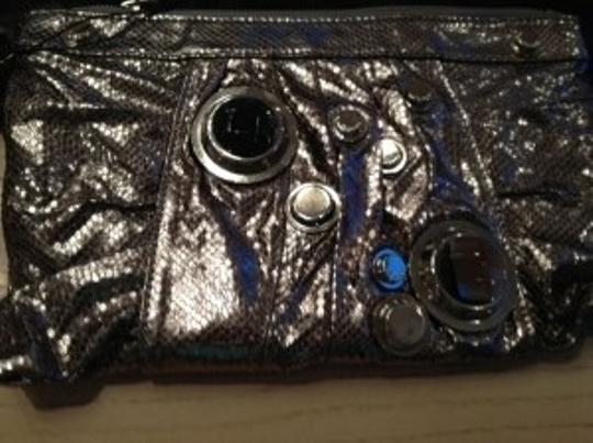 Gustto Medium Silver Metallic with Silver/Glass Hardware Clutch