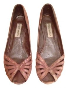 Steve Madden brown Flats