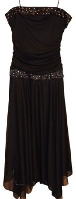 Preload https://item2.tradesy.com/images/studio-1940-black-long-night-out-dress-size-8-m-18271-0-0.jpg?width=400&height=650