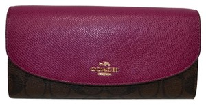 Coach Signature Slim Envelope F54022