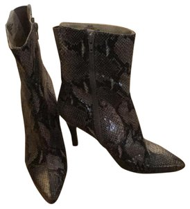 Nine West Tan/ black python Boots